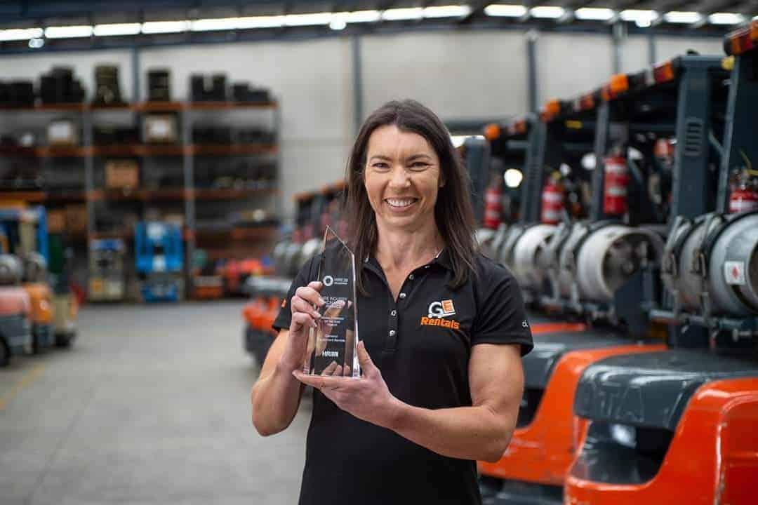 Melbourne Scissor Lift Staff with HRIA award